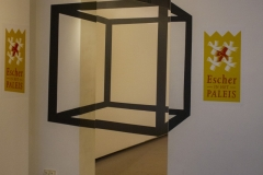 Cube, Escher in Het Paleis museum, The Hague